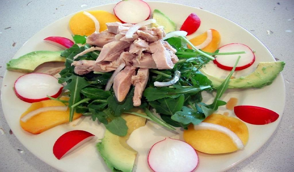 Salad of Poached Chicken with Avocado, Rocket Peach and Radish